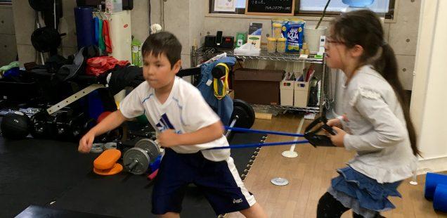 札幌の子ども向け動きづくり教室「アスリートナイト」ではこんなことをしています