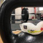 スポーツ&筋トレのパフォーマンスUP、歯ぎしり&噛みしめ予防に使って欲しい!手間ひまかける価値がある「マウスガード」